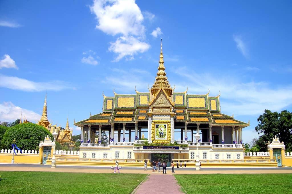 10-phnom-penh-king-palast