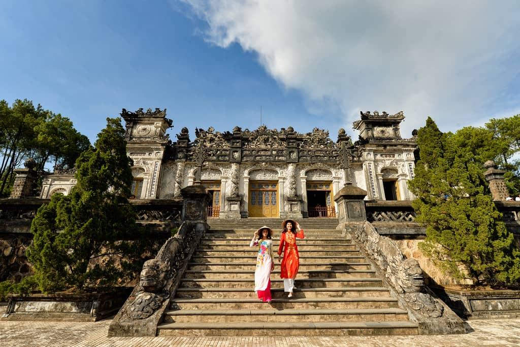 Große Rundreise von Vietnam nach Laos