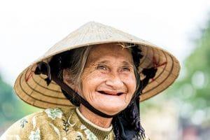 Unsere Reisetipps: Mit einem Lächeln die Verhaltensregeln in Vietnam meistern